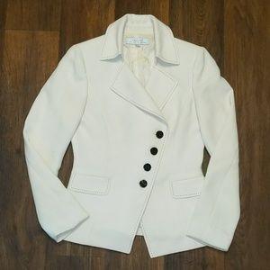 Tahari white asymmetrical blazer size 4